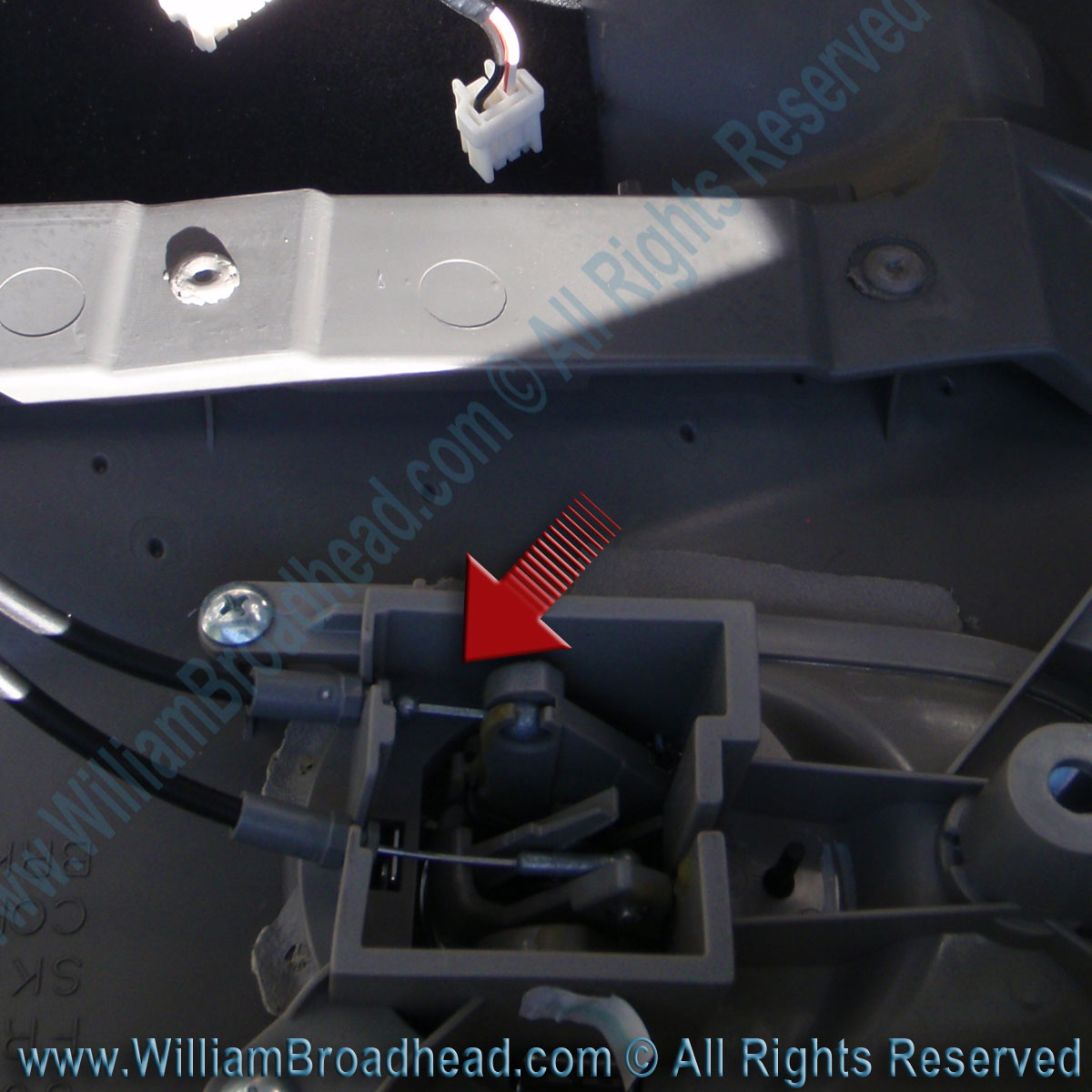 Fixing A Nissan Quest Window Motor William Broadhead 2006 Wiring Diagram Door Lever Cables Correctly Connected